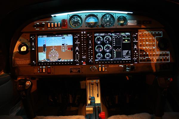 da 40 cockpit